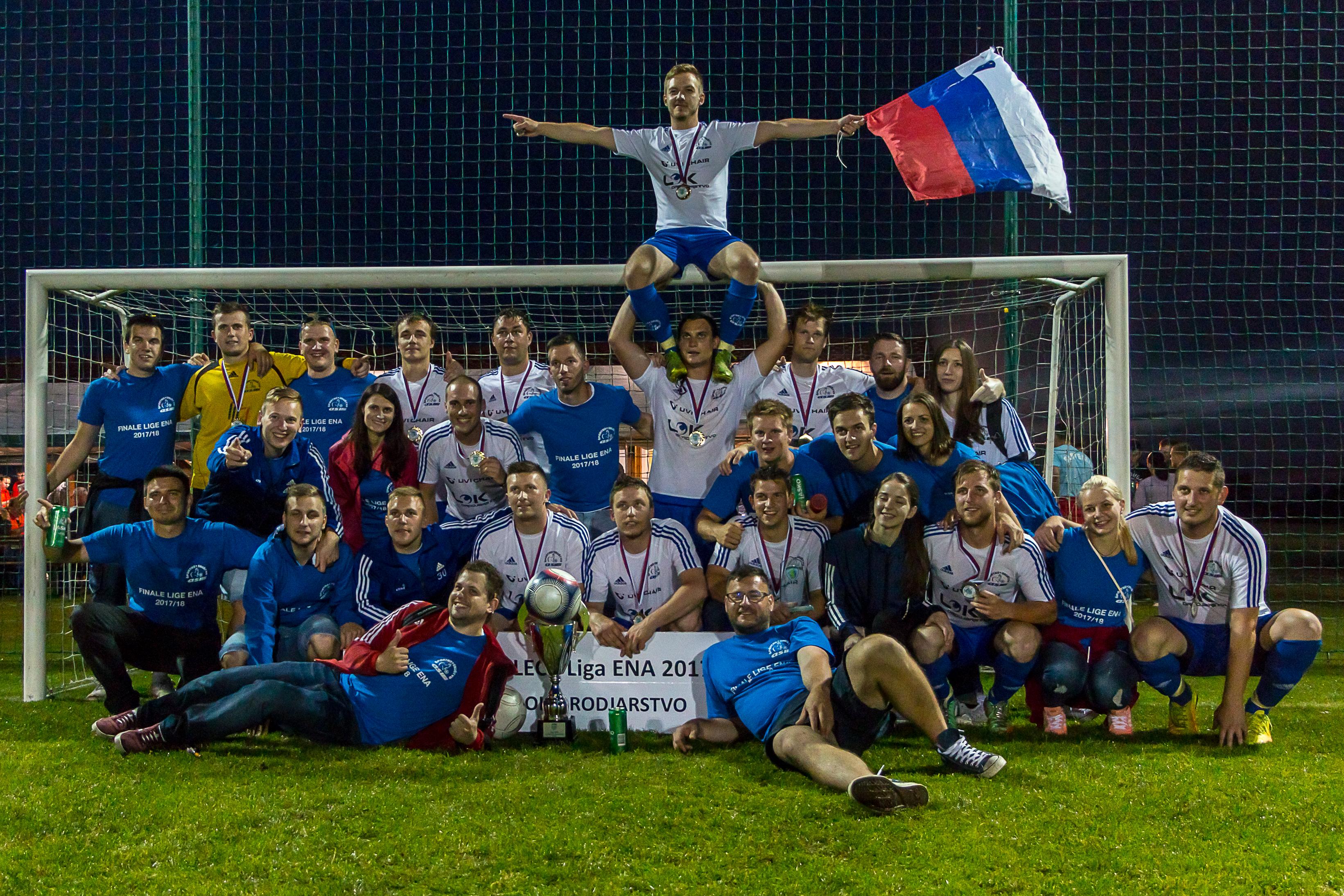 ŠD Asi Lok orodjarstvo osvojili naslov prvaka državne malonogometne lige na travi Lige ENA v sezoni 2018/2019-SMZ-foto Andrej Kalamar
