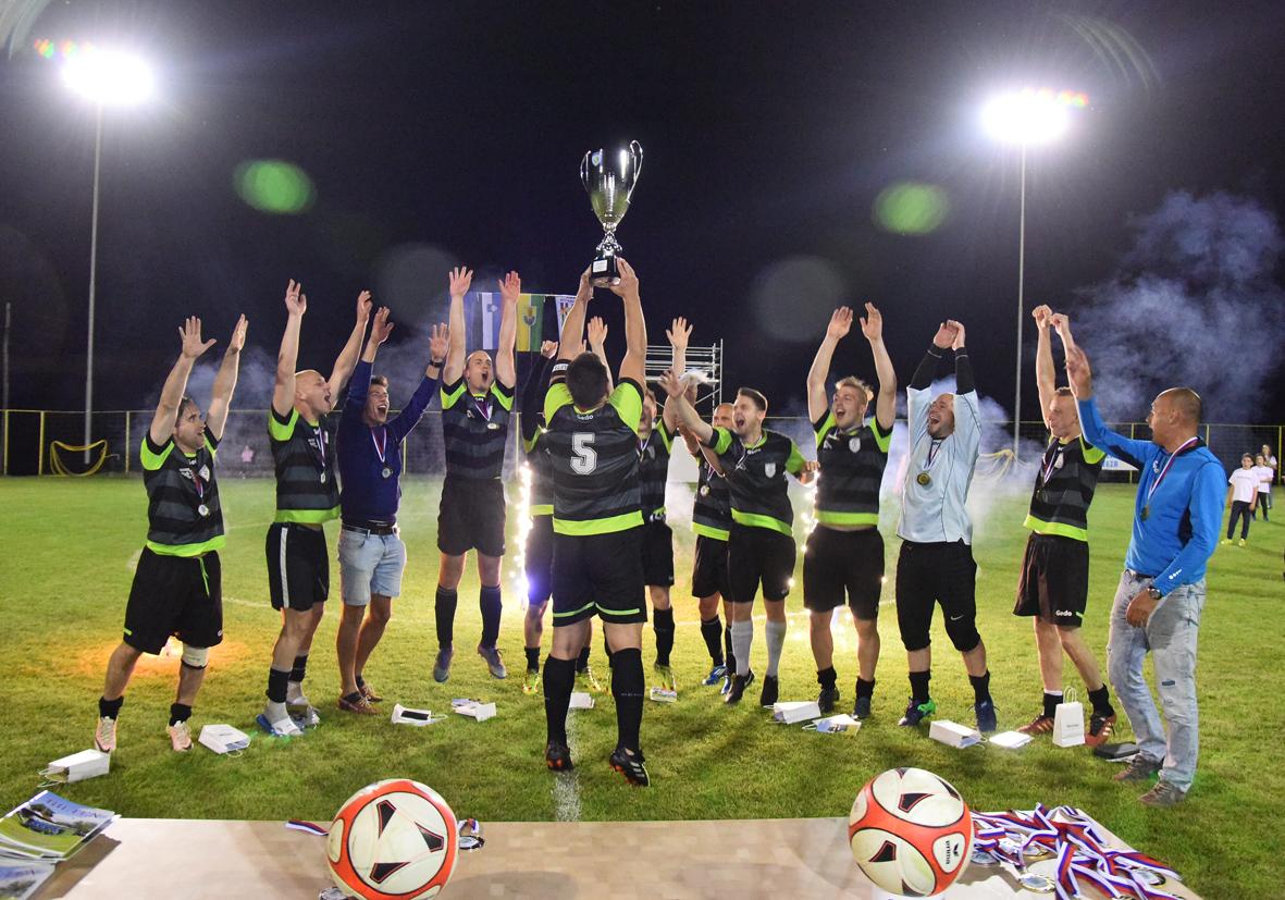 ŠD Ribno osvojil naslov prvaka državne malonogometne lige na travi Lige ENA v sezoni 2016/2017-SMZ